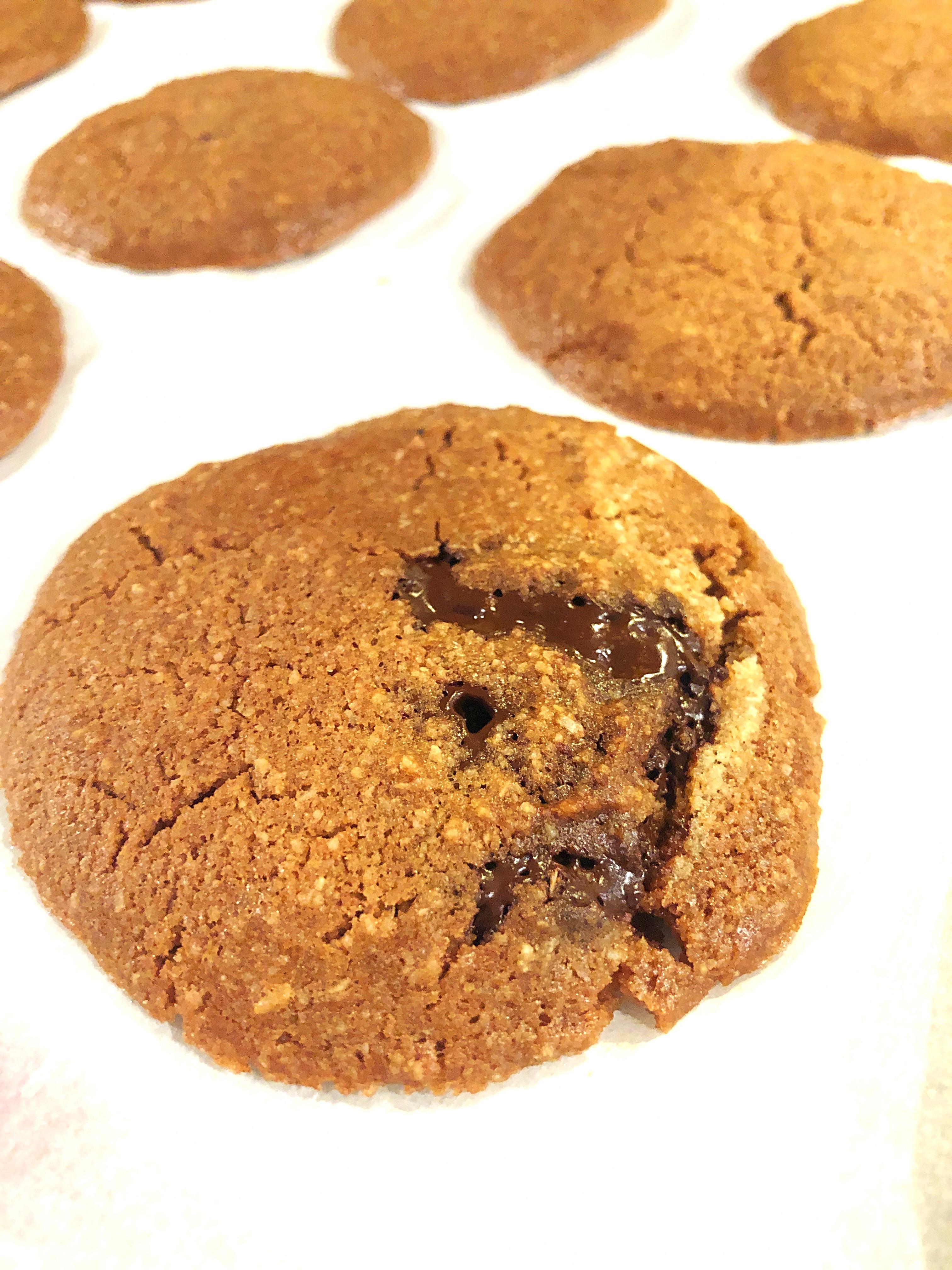 cheery and charming_keto_chocolate chip cookies_1